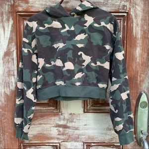 H&M Divided Camouflage Cropped Hoodie Sweatshirt S